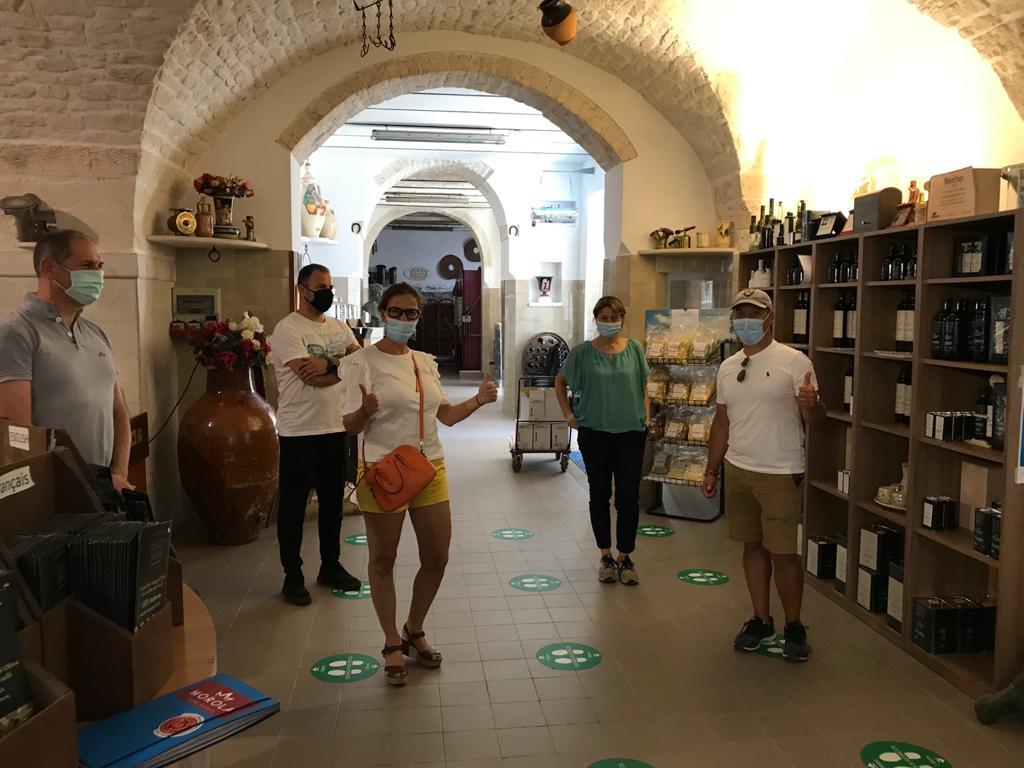 visita guidata al frantoio l'acropoli di puglia martina franca